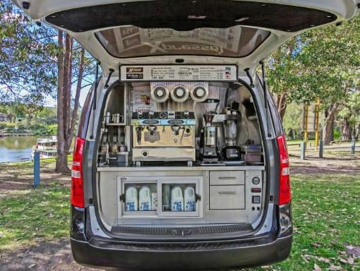 xpresso-cafe-inside-van